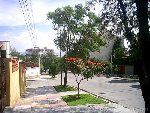 Avenida Atahuallpa
